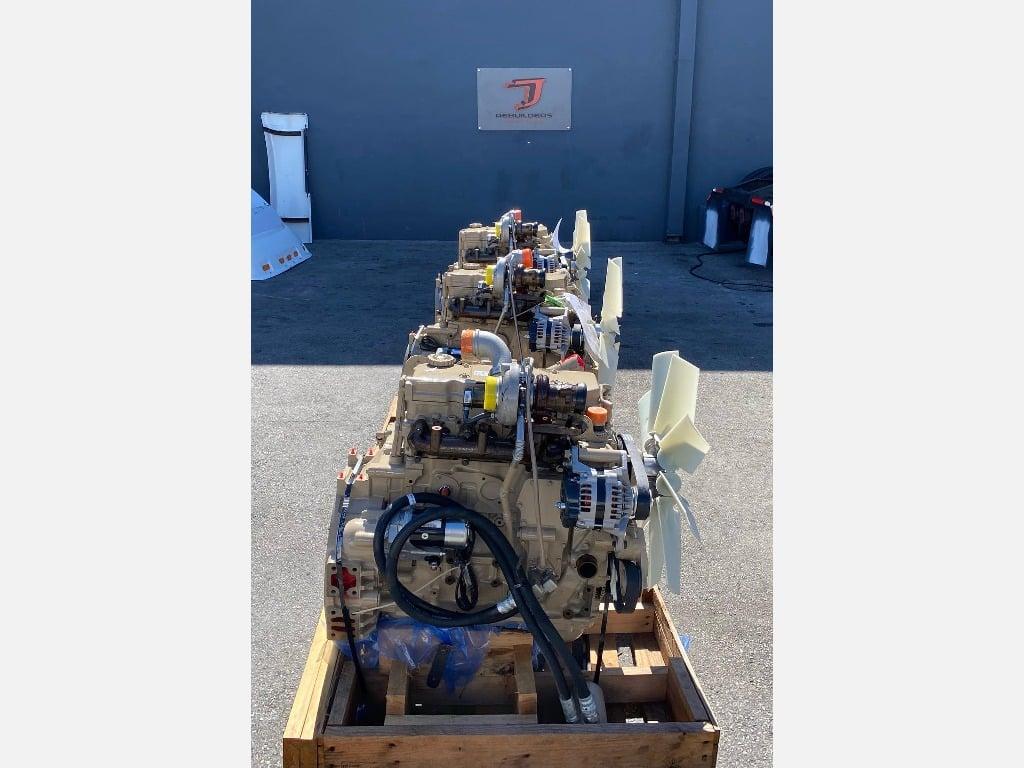 NEW 2011 CUMMINS QSB4.5 TRUCK ENGINE TRUCK PARTS #2644