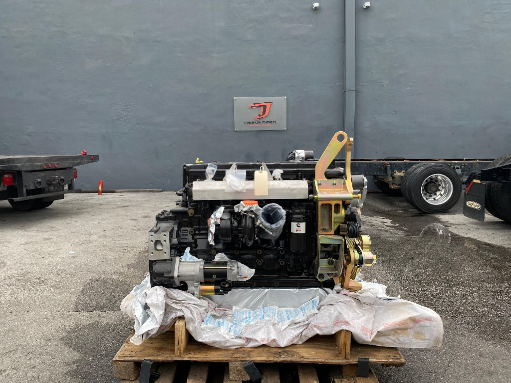 NEW 2011 CUMMINS QSB 6.7 EQUIPMENT ENGINE TRUCK PARTS #2677