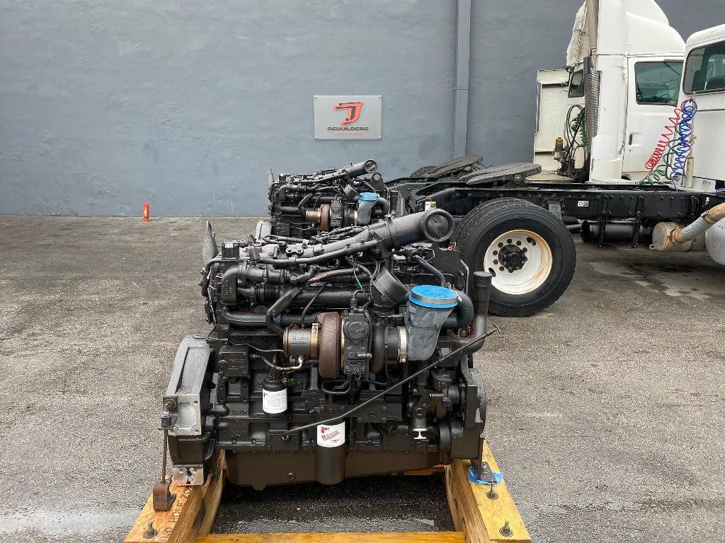NEW 2009 CUMMINS ISM TRUCK ENGINE TRUCK PARTS #2686