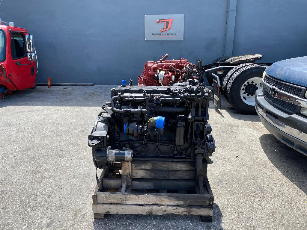 USED 2006 CUMMINS ISB 5.9 TRUCK ENGINE TRUCK PARTS #2716