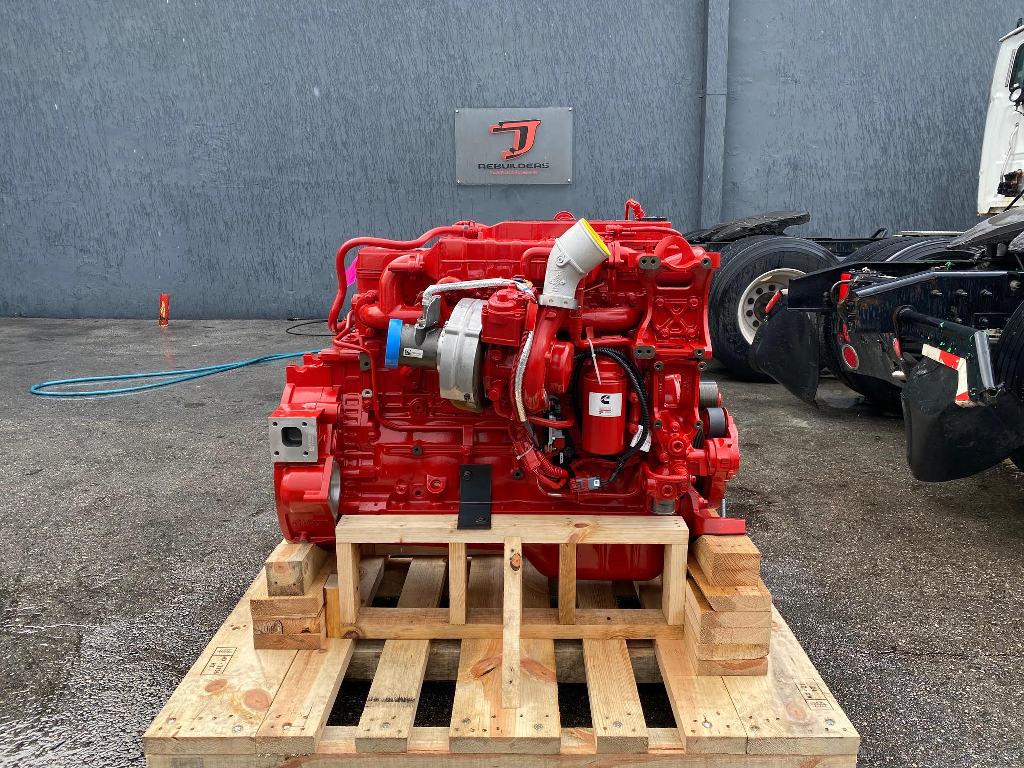 NEW 2018 CUMMINS B6.7 TRUCK ENGINE TRUCK PARTS #2784