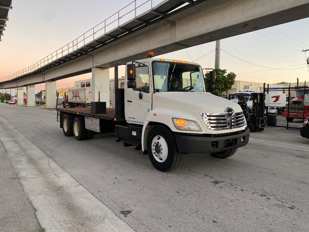 USED 2008 HINO 338 FLATBED TRUCK #2810