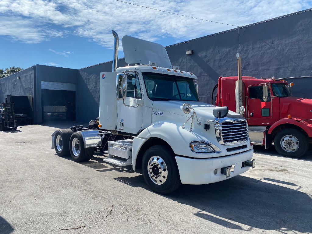 USED 2012 FREIGHTLINER COLUMBIA 120 GLIDER HEAVY DUTY TRUCK #2838