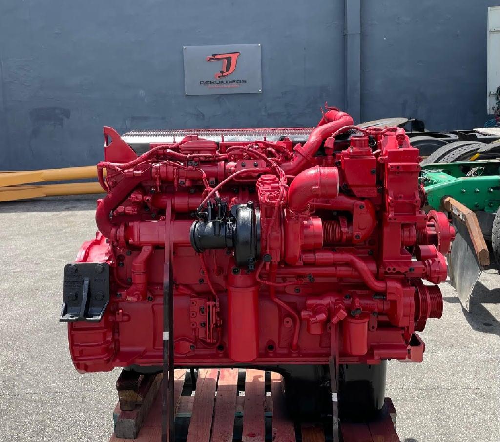 USED 2011 CUMMINS ISX15 TRUCK ENGINE TRUCK PARTS #2957