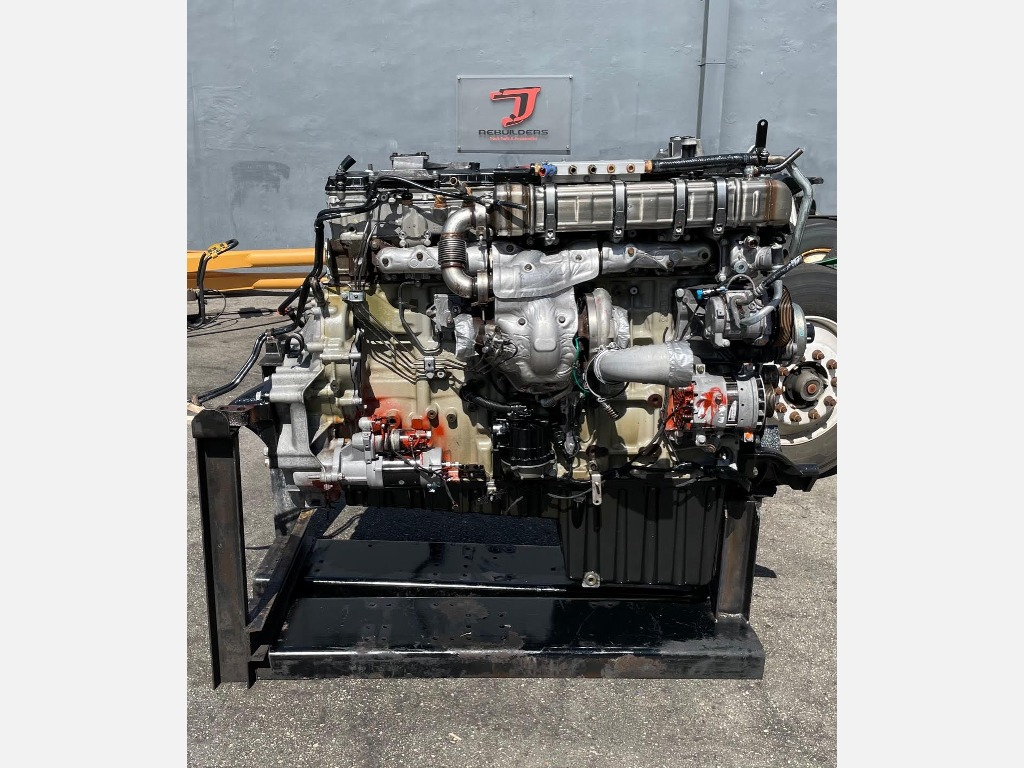 USED 2018 DETROIT DD15 TRUCK ENGINE TRUCK PARTS #2959