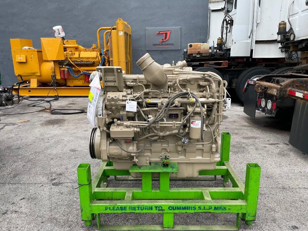 NEW 2018 CUMMINS ISC TRUCK ENGINE TRUCK PARTS #3004