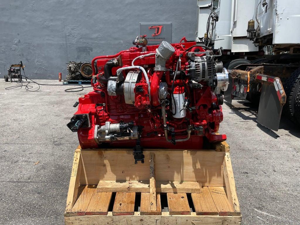 USED 2017 CUMMINS B6.7 TRUCK ENGINE TRUCK PARTS #3040