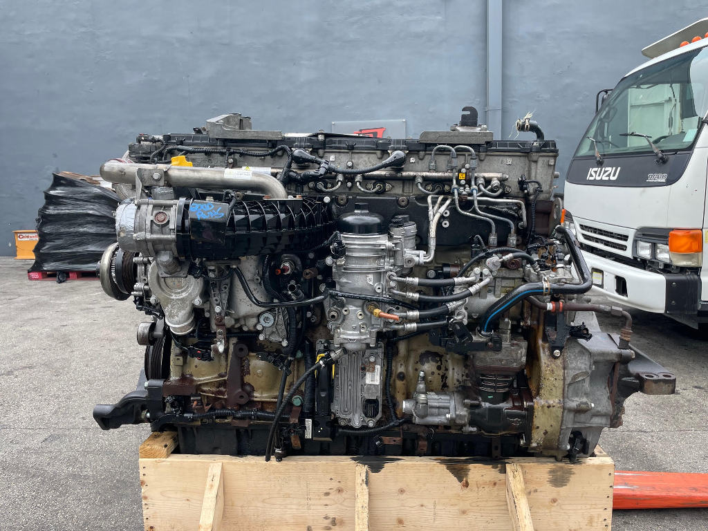 USED 2014 DETROIT DD15 TRUCK ENGINE TRUCK PARTS #3062