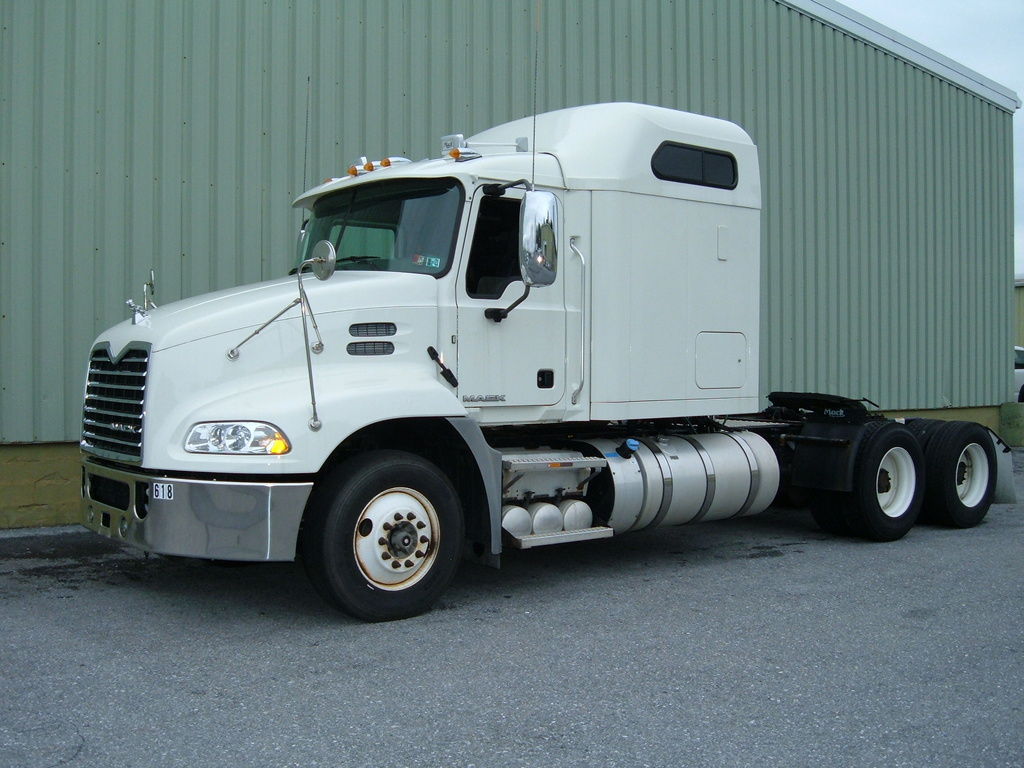 USED 2016 MACK CXU613 CAB CHASSIS TRUCK #1084