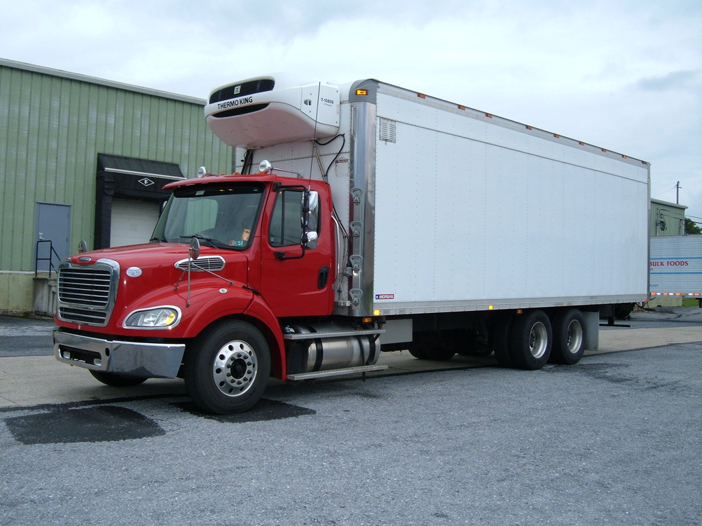 USED 2014 FREIGHTLINER M2 REEFER TRUCK #1118