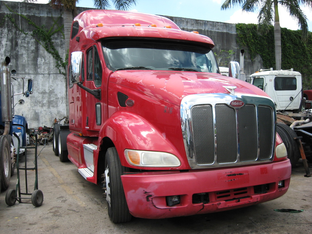 USED 2010 PETERBILT 387 HEAVY DUTY TRUCK #1043