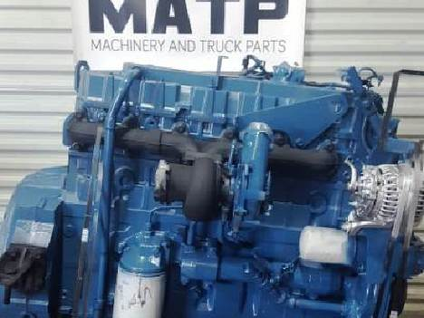 2000 INTERNATIONAL DT466E Complete Engine #10865