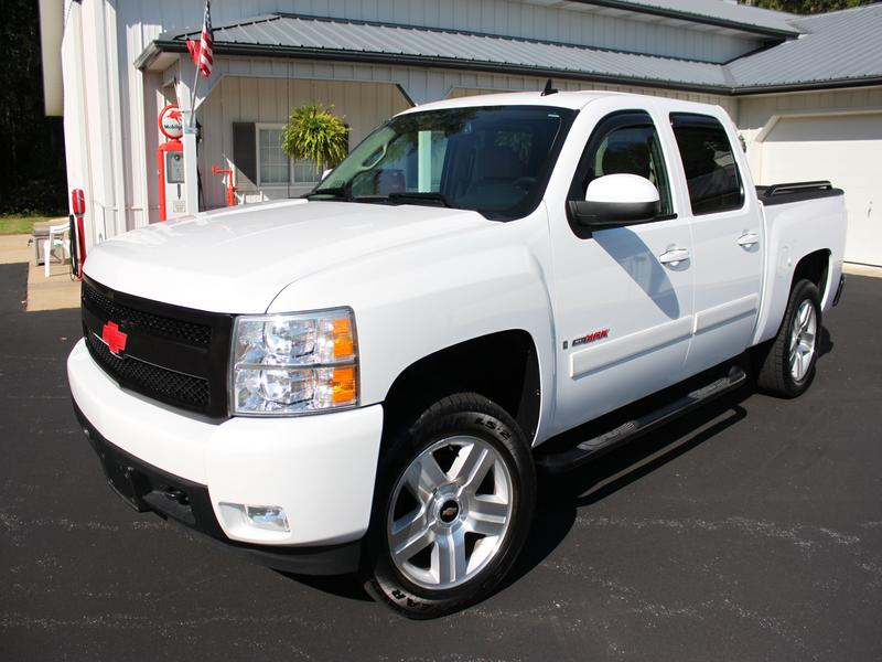 USED 2008 CHEVROLET CREW CAB 1500 LTZ 4WD 1/2 TON PICKUP TRUCK #1156
