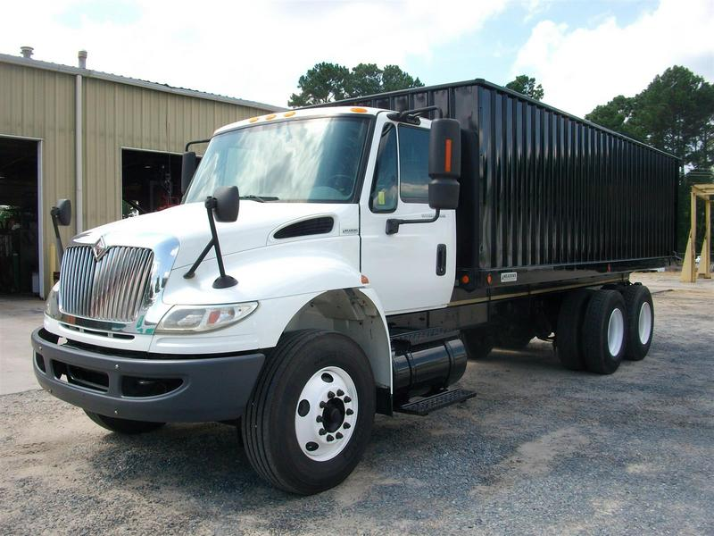 USED 2006 INTERNATIONAL 4400 GRAIN - SILAGE TRUCK #1287