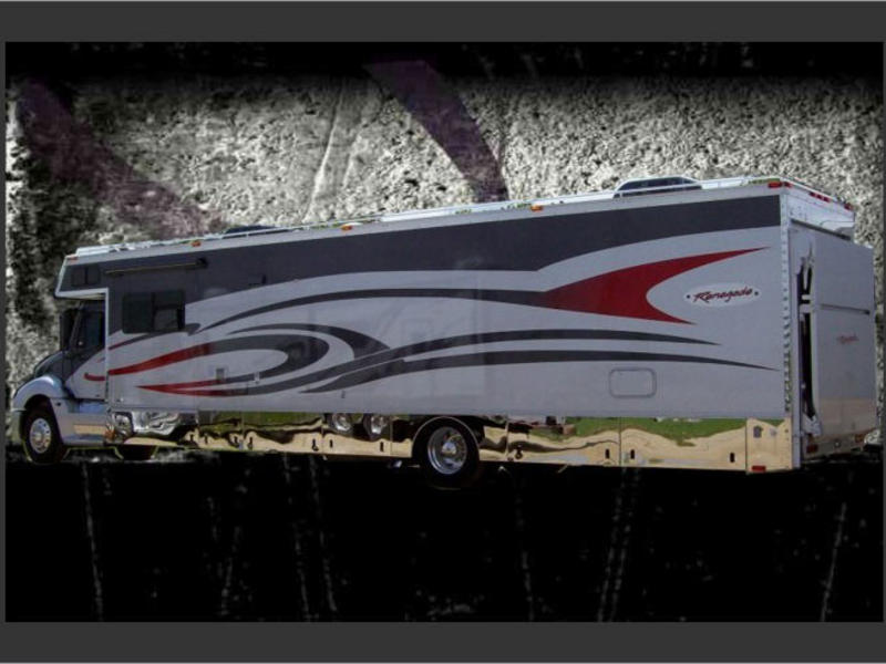 NEW 2017 RENEGADE CLASSIC WITH GARAGE MOTORCOACH #283233