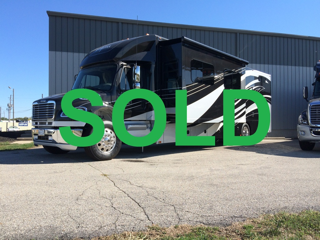 NEW 2017 RENEGADE VERONA MOTORCOACH #285626