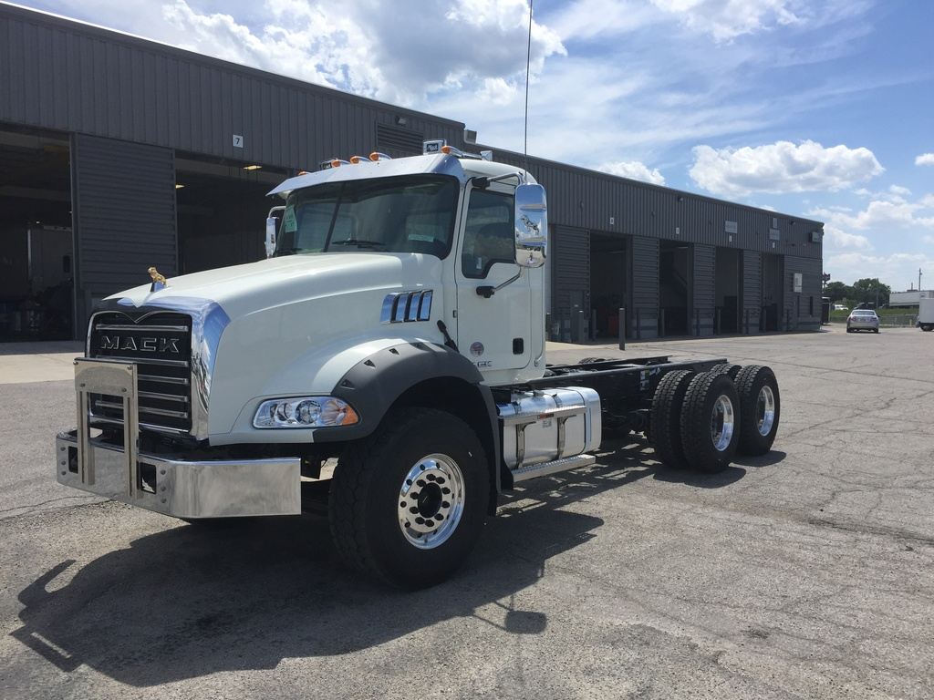 NEW 2018 MACK GU813 CAB CHASSIS TRUCK #286710
