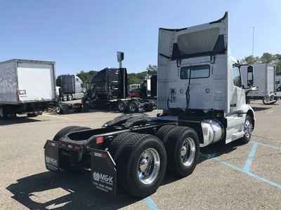 NEW 2018 VOLVO VNR300 TANDEM AXLE DAYCAB TRUCK #287353-3