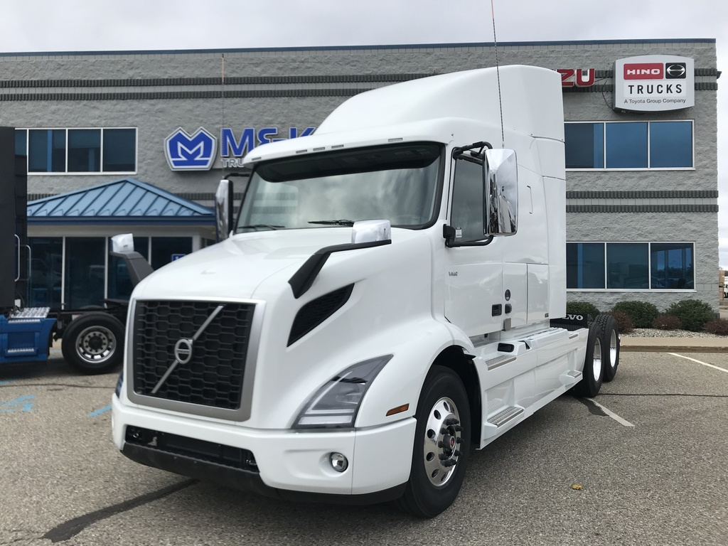 NEW 2018 VOLVO VNR640 TANDEM AXLE SLEEPER TRUCK #288020