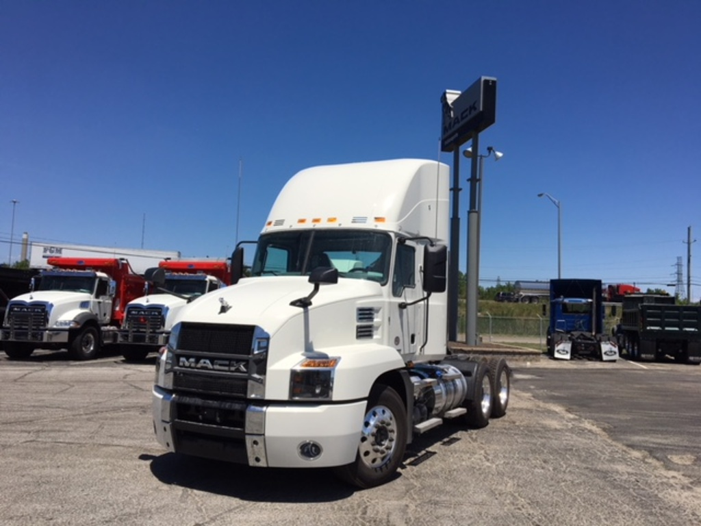 NEW 2019 MACK AN64T TANDEM AXLE DAYCAB TRUCK #289075