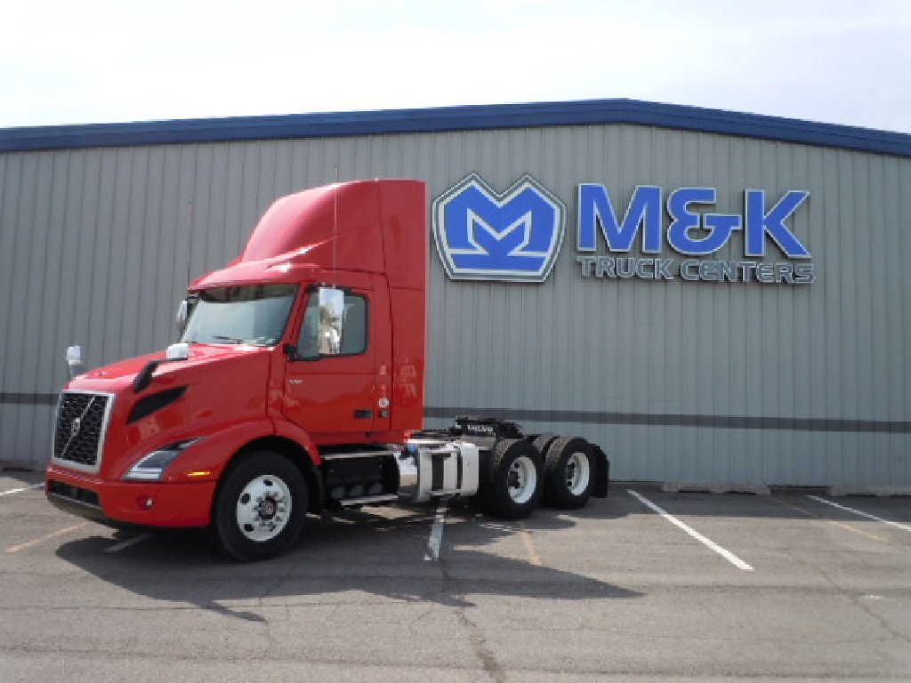 NEW 2019 VOLVO VNR64T300 TANDEM AXLE DAYCAB TRUCK #289711