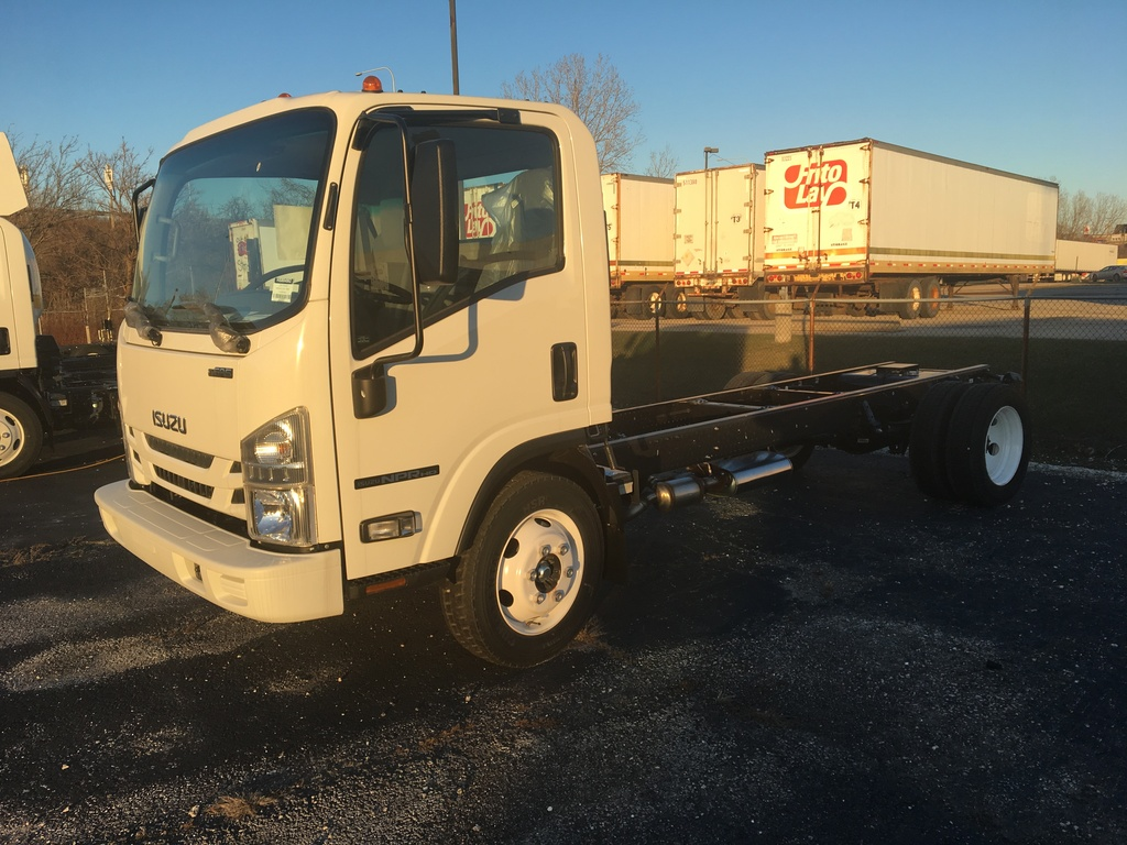 NEW 2018 ISUZU NP-HD CAB CHASSIS TRUCK #289770