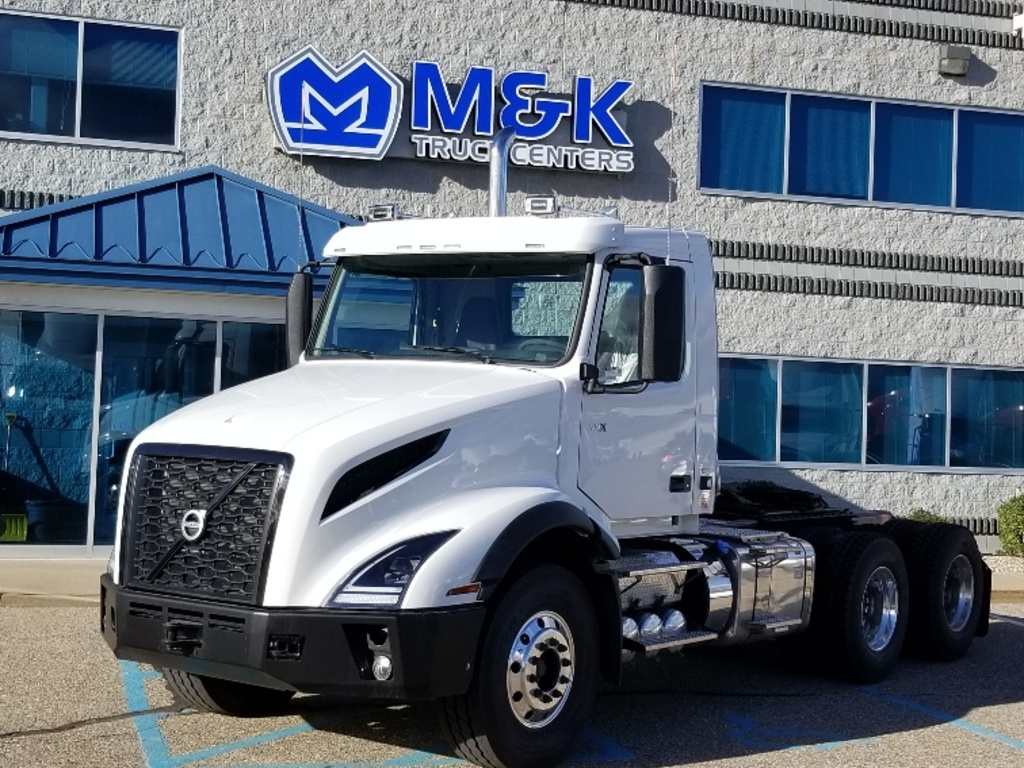 NEW 2019 VOLVO VNL64T300 TANDEM AXLE DAYCAB TRUCK #289805