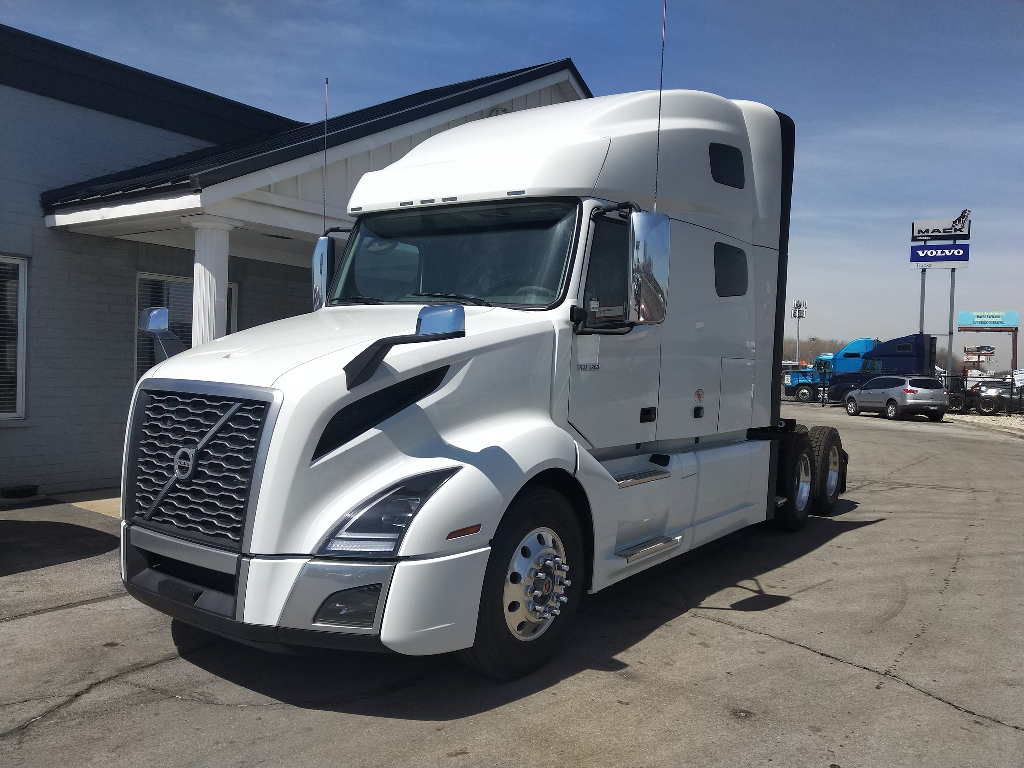 NEW 2020 VOLVO VNL64T760 ECO(P) TANDEM AXLE SLEEPER TRUCK #291523