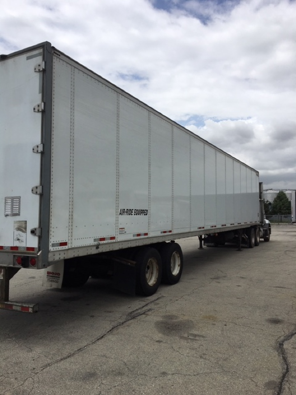 USED 2016 GREAT DANE CHAMPION VAN TRAILER #176169