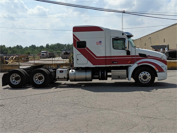 USED 2016 PETERBILT 579 SLEEPER TRUCK #10446