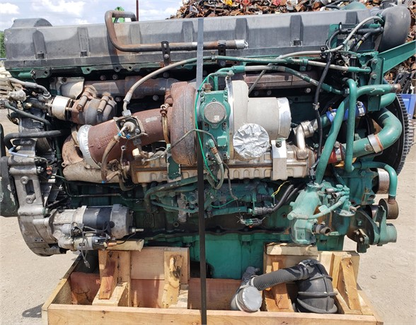 2008 VOLVO D16 Complete Engine #1