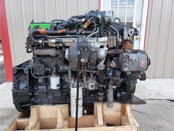 USED 2005 CUMMINS ISM COMPLETE ENGINE TRUCK PARTS #1818
