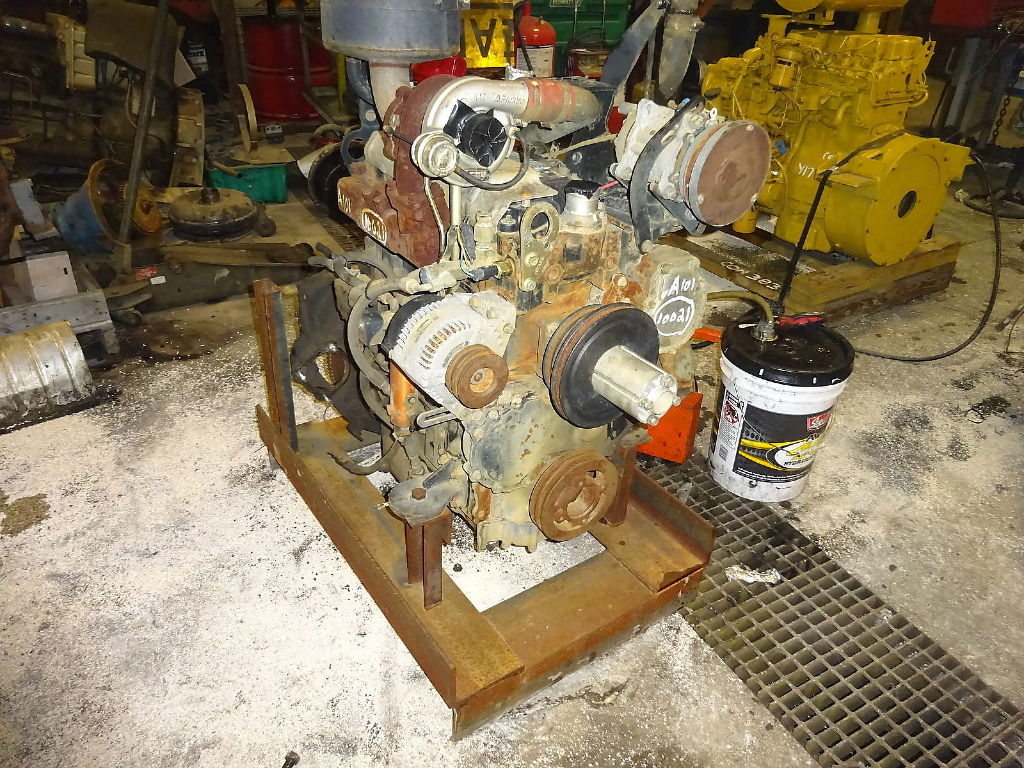 USED 0 CAT 3054T COMPLETE ENGINE TRUCK PARTS #10962