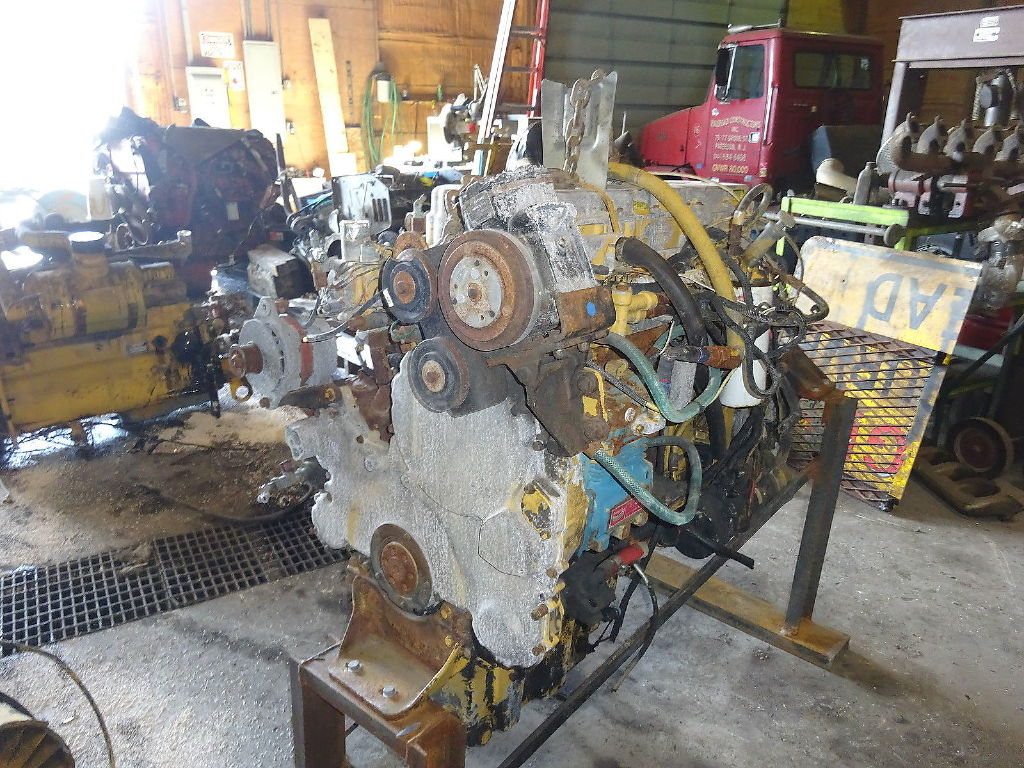 USED 0 CAT 3176 COMPLETE ENGINE TRUCK PARTS #11045