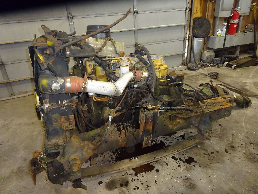 USED CAT 3126 COMPLETE ENGINE TRUCK PARTS #11189