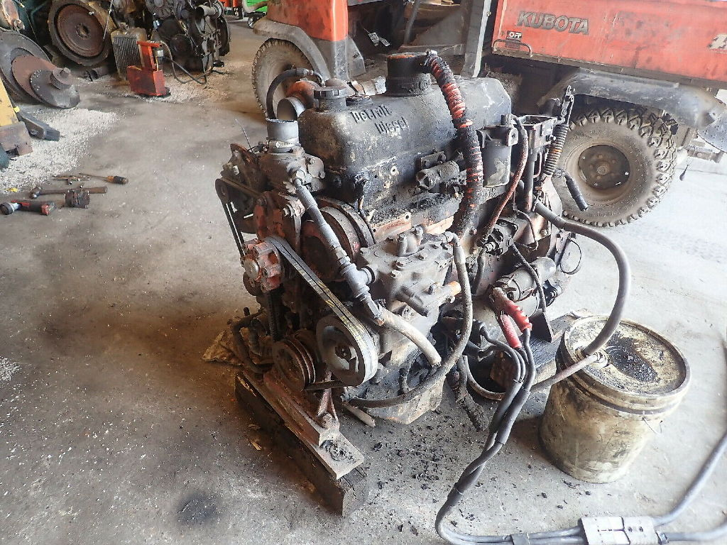 USED DETROIT DIESEL 4-53T SILVER TURBO COMPLETE ENGINE TRUCK PARTS #11244