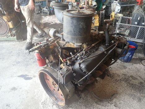 USED CAT 3208 V8 COMPLETE ENGINE TRUCK PARTS #11293-3