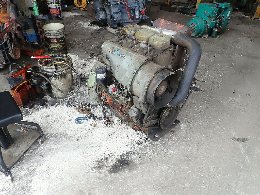 USED DEUTZ F3L912 COMPLETE ENGINE TRUCK PARTS #11403