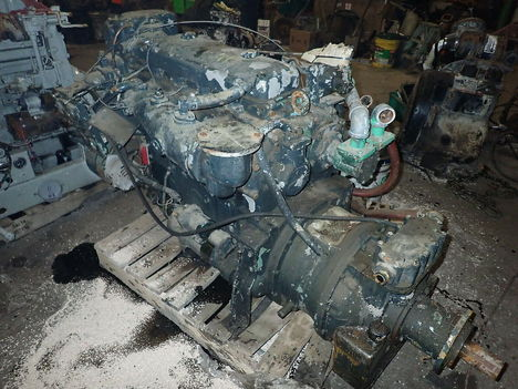 USED DETROIT DIESEL 4-71 COMPLETE ENGINE TRUCK PARTS #11611-2
