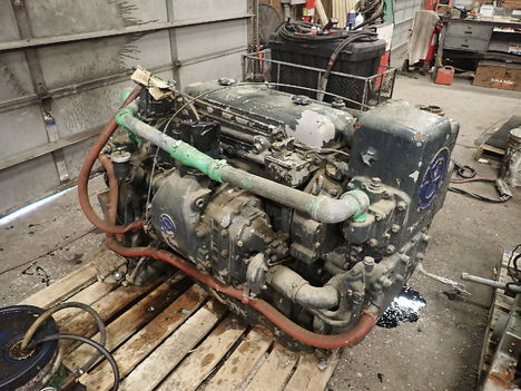 USED DETROIT DIESEL 4-71 COMPLETE ENGINE TRUCK PARTS #11611-4