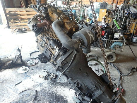 USED CAT C2.2 COMPLETE ENGINE TRUCK PARTS #11835-3