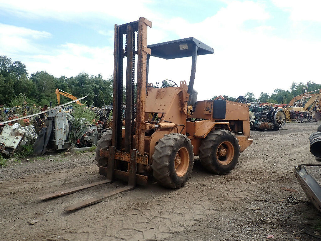 USED CASE W4 MAST FORKLIFT EQUIPMENT #11933