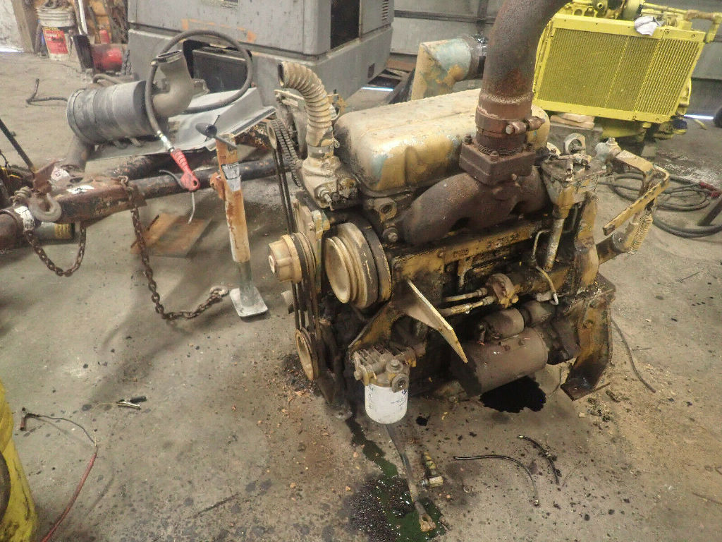 USED DETROIT DIESEL 3-53 COMPLETE ENGINE TRUCK PARTS #12251