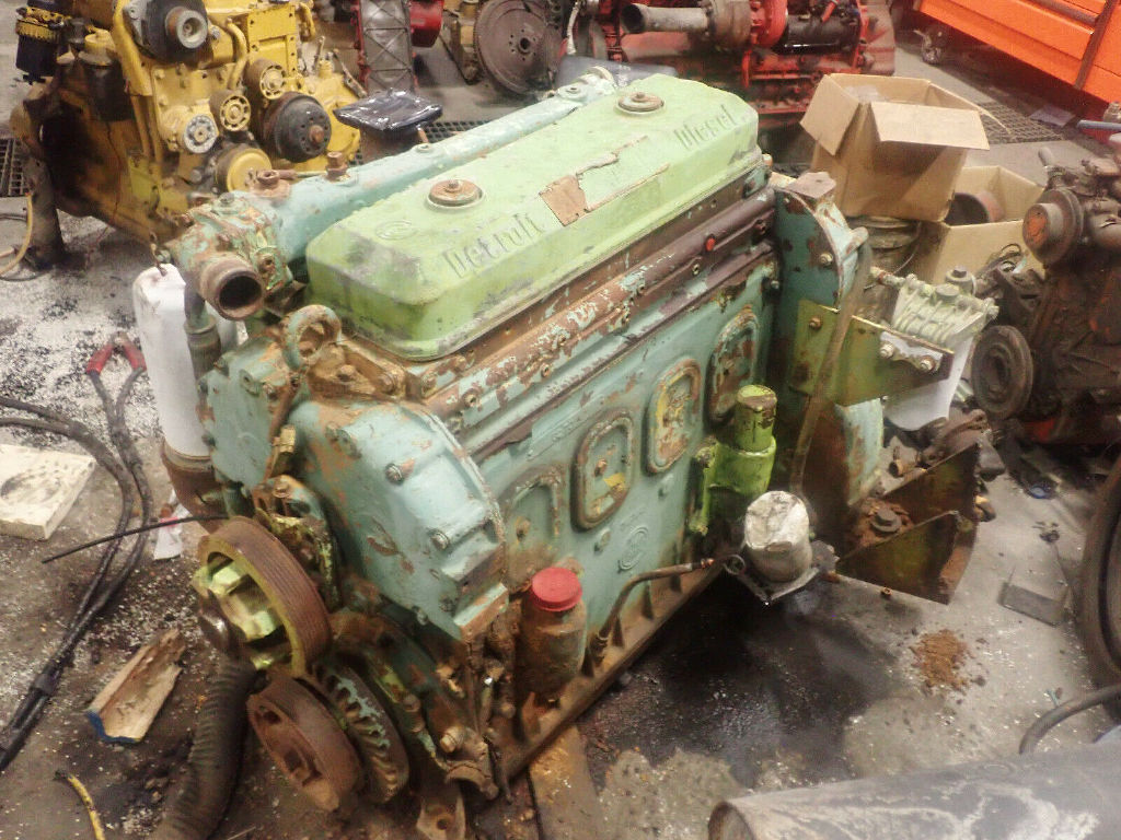 USED DETROIT DIESEL 4-71 COMPLETE ENGINE TRUCK PARTS #12255