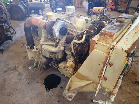 USED DETROIT DIESEL 3-53T COMPLETE ENGINE TRUCK PARTS #12317-2