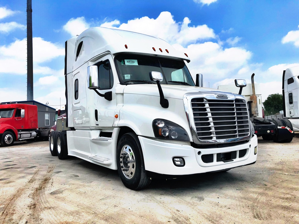 USED 2016 FREIGHTLINER CASCADIA EVOLUTION TANDEM AXLE SLEEPER TRUCK #1182