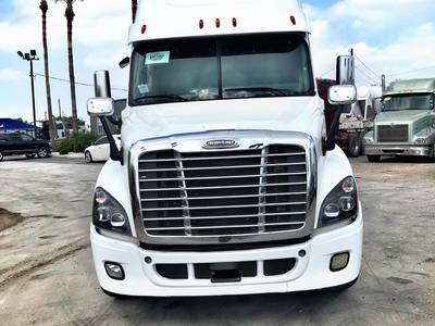USED 2016 FREIGHTLINER CASCADIA EVOLUTION TANDEM AXLE SLEEPER TRUCK #1182-2