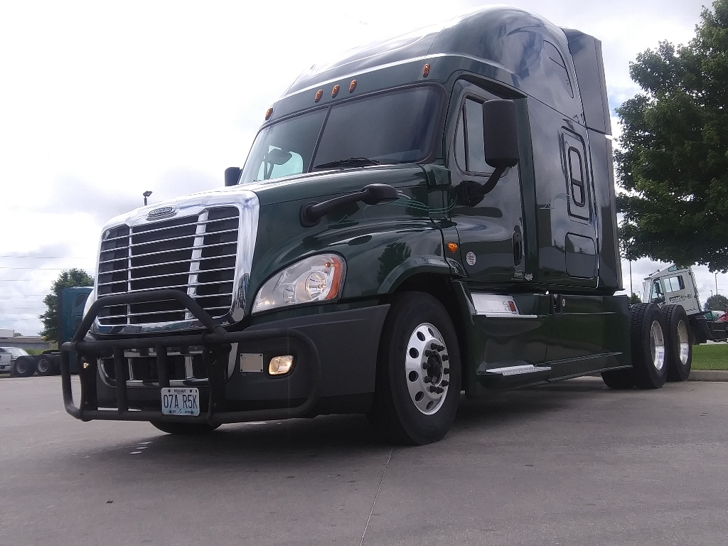 USED 2017 FREIGHTLINER CASCADIA EVOLUTION TANDEM AXLE SLEEPER TRUCK #14242