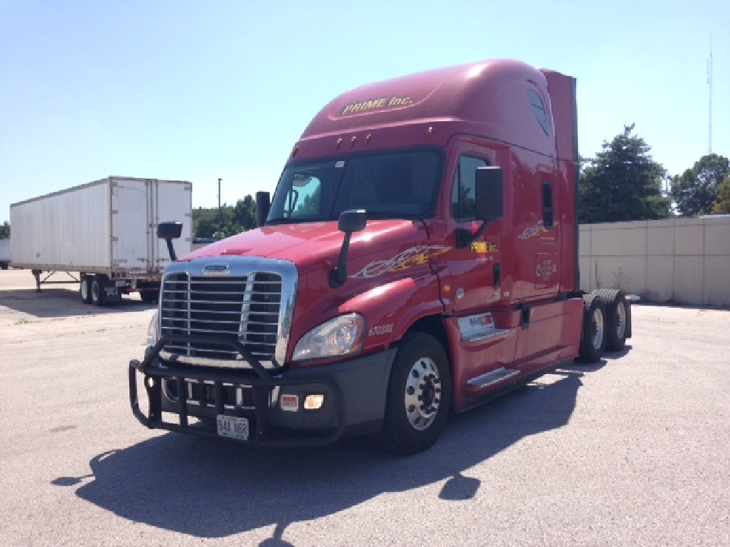 USED 2017 FREIGHTLINER CASCADIA EVOLUTION TANDEM AXLE SLEEPER TRUCK #88467