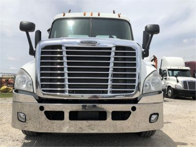 USED 2012 FREIGHTLINER CASCADIA 125 DAYCAB TRUCK #2878-2